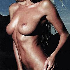 Babes nude.